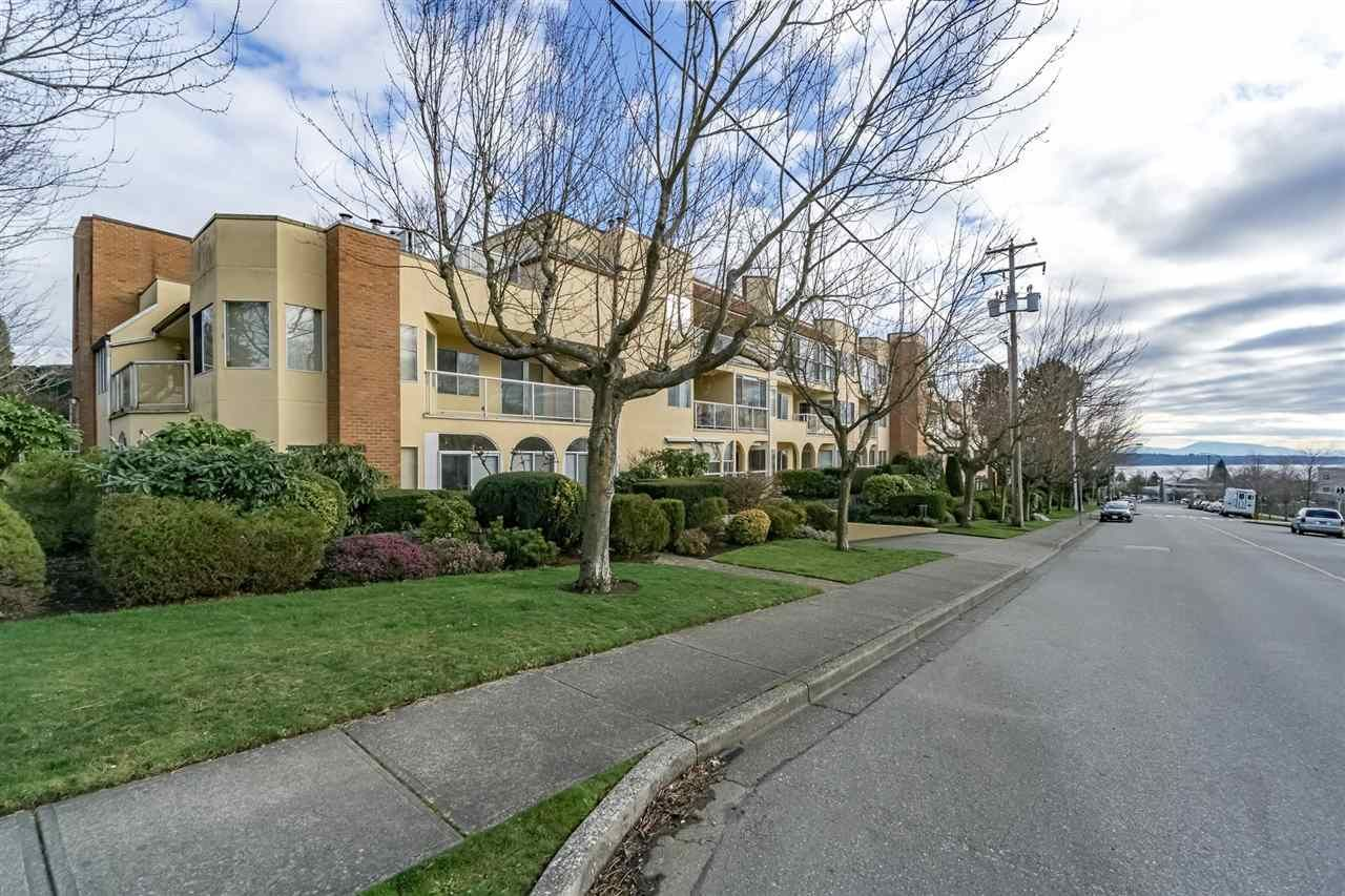 "Main Photo: 209 1280 FIR Street: White Rock Condo for sale in ""Oceana Villa"" (South Surrey White Rock)  : MLS®# R2247245"