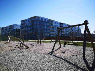 """Photo 20: 215 13963 105A Avenue in Surrey: Whalley Condo for sale in """"Dwell at HQ"""" (North Surrey)  : MLS®# R2448163"""