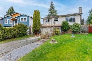 Photo 2: 2661 WILDWOOD Drive in Langley: Willoughby Heights House for sale : MLS®# R2531672