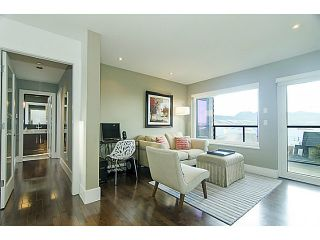 Photo 9: 4677 DRUMMOND Drive in Vancouver: Point Grey House for sale (Vancouver West)  : MLS®# V1046499