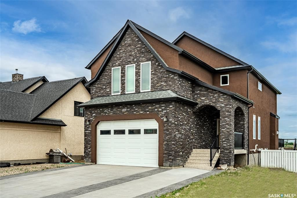 Main Photo: 420 Nicklaus Drive in Warman: Residential for sale : MLS®# SK863675