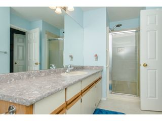 """Photo 12: 50 3054 TRAFALGAR Street in Abbotsford: Central Abbotsford Townhouse for sale in """"Whispering Pines"""" : MLS®# R2183313"""