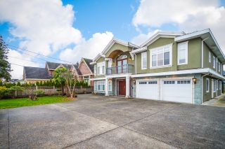 Photo 1: 8691 GARDEN CITY Road in Richmond: Garden City House for sale : MLS®# R2617257