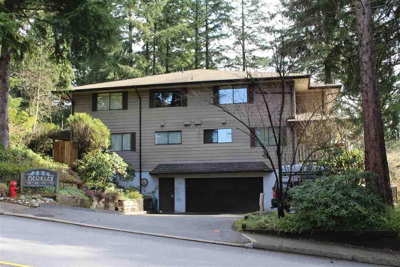 """Main Photo: 932 BERKLEY Road in North Vancouver: Blueridge NV Townhouse for sale in """"BERKLEY SQUARE"""" : MLS®# R2441702"""