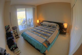 """Photo 4: 312 3142 ST JOHNS Street in Port Moody: Port Moody Centre Condo for sale in """"SONRISA"""" : MLS®# R2245500"""