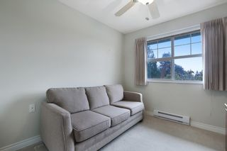 """Photo 9: 416 960 LYNN VALLEY Road in North Vancouver: Lynn Valley Condo for sale in """"Balmoral House"""" : MLS®# R2162251"""