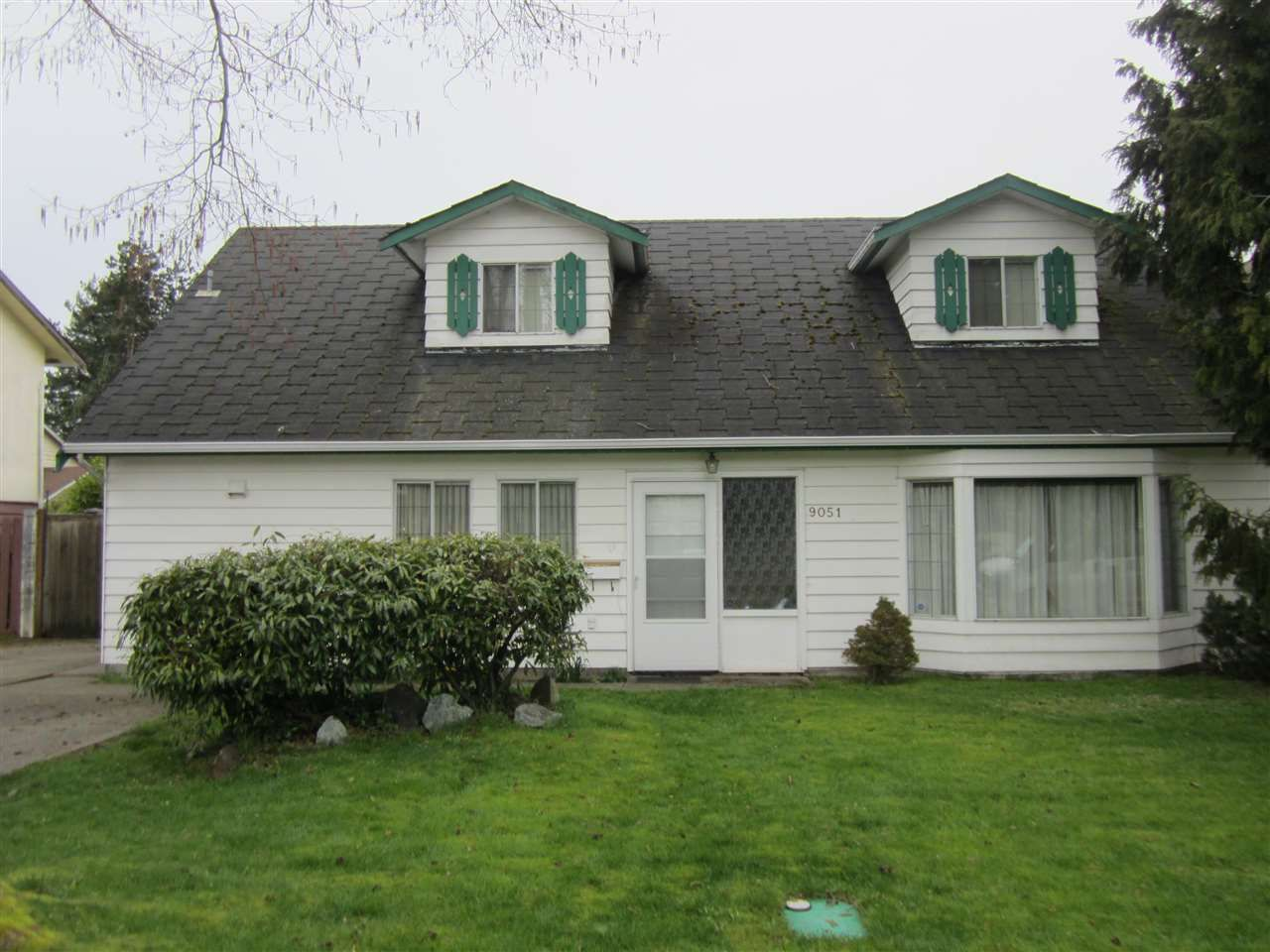 Photo 2: Photos: 9051 ASH STREET in Richmond: Saunders House for sale : MLS®# R2051612