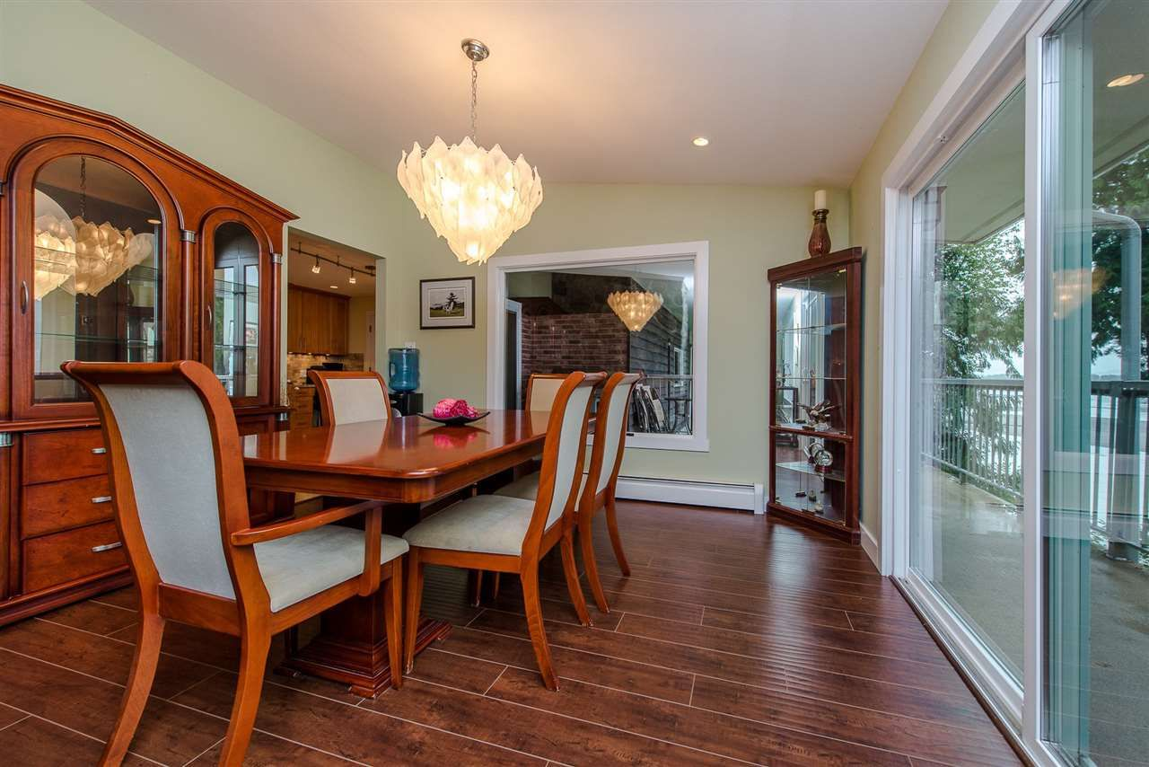 """Photo 8: Photos: 42737 OLD ORCHARD Road in Chilliwack: Chilliwack Mountain House for sale in """"Chilliwack Mountain"""" : MLS®# R2201950"""