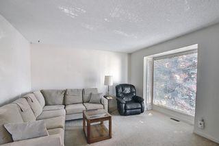 Photo 2: 47 Falworth Place NE in Calgary: Falconridge Detached for sale : MLS®# A1139441