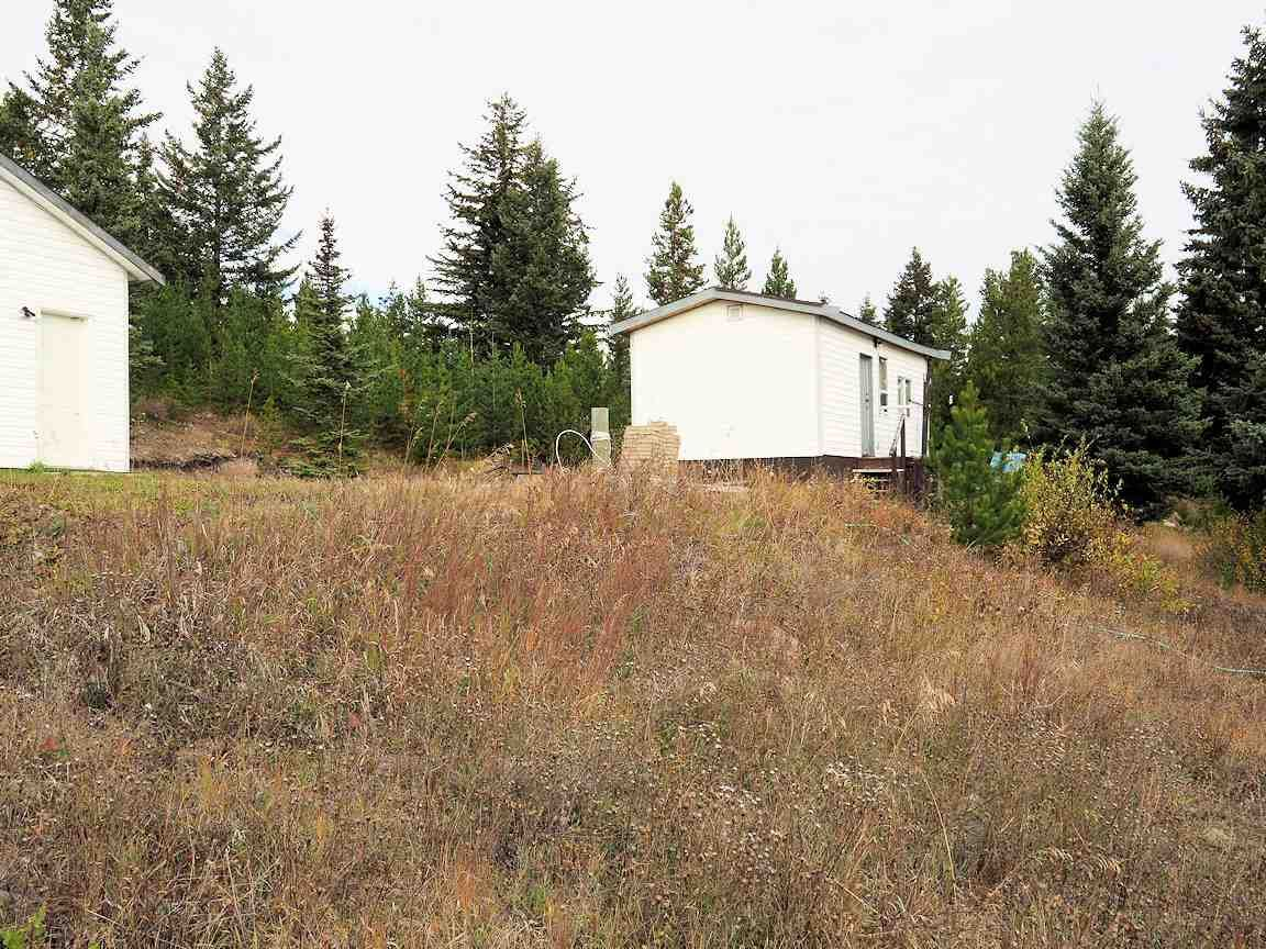 Photo 2: Photos: 6973 INMAN Road in Lone Butte: Lone Butte/Green Lk/Watch Lk House for sale (100 Mile House (Zone 10))  : MLS®# R2409054