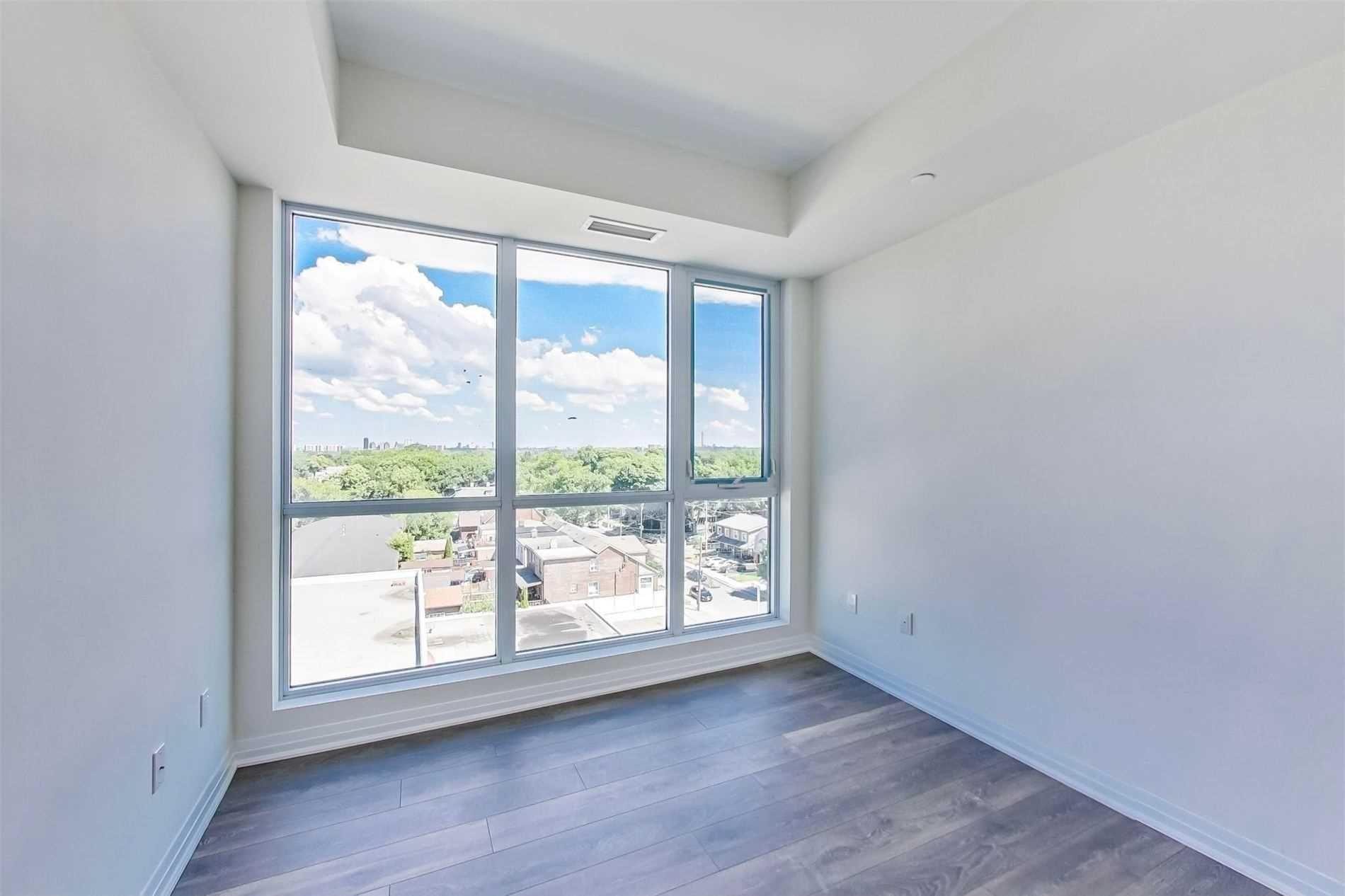Photo 13: Photos: 711 2301 Danforth Avenue in Toronto: East End-Danforth Condo for lease (Toronto E02)  : MLS®# E4816624