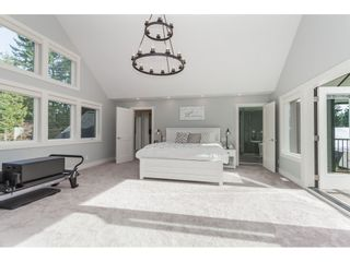 """Photo 13: 19876 37 Avenue in Langley: Brookswood Langley House for sale in """"Brookswood"""" : MLS®# R2416904"""