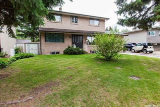 Photo 2: 70 Leddy Crescent in Saskatoon: West College Park Residential for sale : MLS®# SK734623