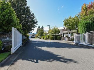 Photo 24: 110 2077 St Andrews Way in COURTENAY: CV Courtenay East Row/Townhouse for sale (Comox Valley)  : MLS®# 825107