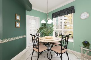 "Photo 14: 212 3098 GUILDFORD Way in Coquitlam: North Coquitlam Condo for sale in ""MARLBOROUGH HOUSE"" : MLS®# R2225808"