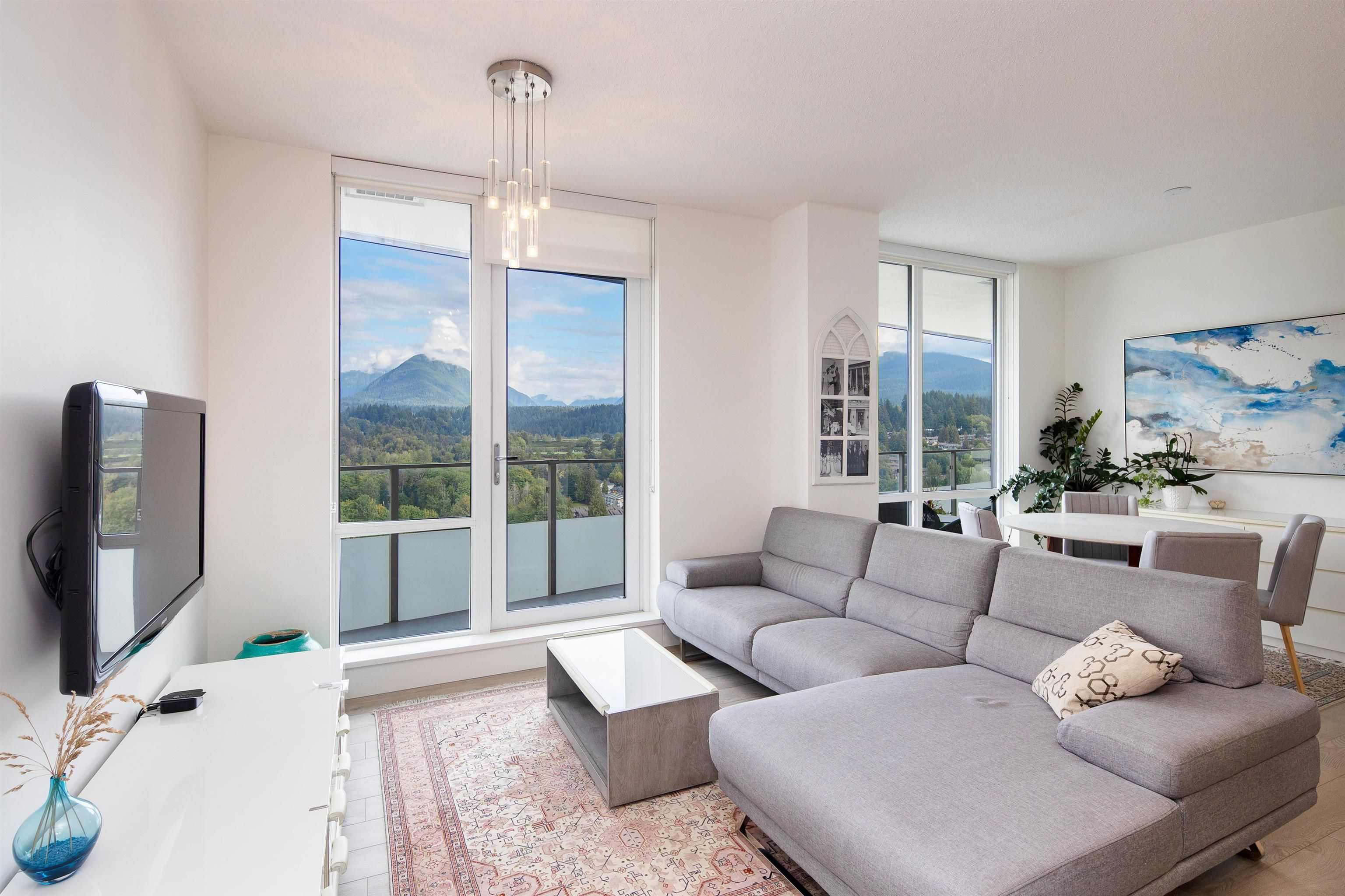 """Main Photo: 2406 1550 FERN Street in North Vancouver: Lynnmour Condo for sale in """"Beacon At Seylynn Village"""" : MLS®# R2621313"""