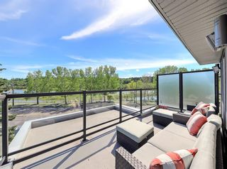 Photo 4: 2710 Parkdale Boulevard NW in Calgary: West Hillhurst Semi Detached for sale : MLS®# A1113109