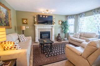 Photo 6: 19349 CUSICK CRESCENT in Pitt Meadows: Mid Meadows House for sale : MLS®# R2579444