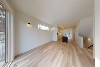 Photo 16: 2420 53 Avenue SW in Calgary: North Glenmore Park Detached for sale : MLS®# A1142922