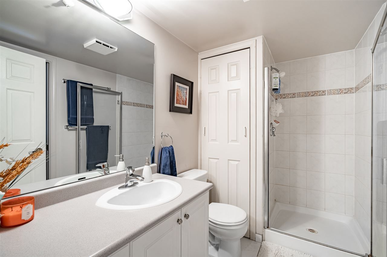"""Photo 19: Photos: 108 2677 E BROADWAY in Vancouver: Renfrew VE Condo for sale in """"BROADWAY GARDENS"""" (Vancouver East)  : MLS®# R2434845"""