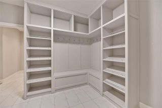 Photo 16: 3896 Robins CR NW: Edmonton House for sale : MLS®# E4106163