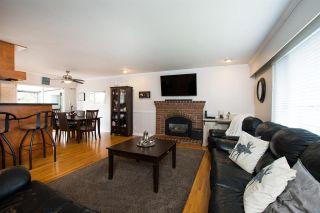 Photo 4: 5384 MAPLE Crescent in Delta: Delta Manor House for sale (Ladner)  : MLS®# R2546269