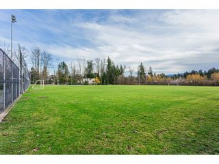 """Photo 15: 108 33850 FERN Street in Abbotsford: Central Abbotsford Condo for sale in """"Fernwood Manor"""" : MLS®# R2430522"""