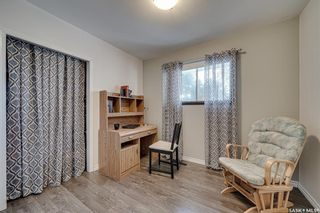 Photo 17: 222 Witney Avenue South in Saskatoon: Meadowgreen Residential for sale : MLS®# SK840959