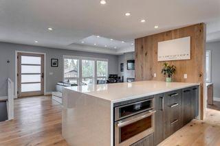 Photo 12: 139 Wildwood Drive SW in Calgary: Wildwood Detached for sale : MLS®# C4305016