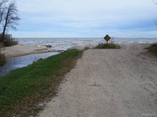 Photo 16: 76 North 5th Avenue in Gimli: Manitoba Other Residential for sale : MLS®# 1528390