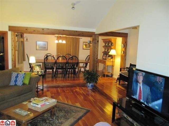 Photo 4: Photos: 2530 126 St in South Surrey: Crescent Bch Ocean Pk. House for sale (South Surrey White Rock)  : MLS®# F1104571