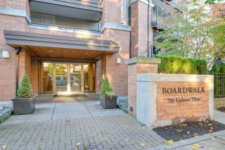 "Photo 20: 117 700 KLAHANIE Drive in Port Moody: Port Moody Centre Condo for sale in ""Baordwalk"" : MLS®# R2441263"