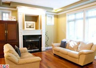 Photo 1: 2838 SEMIAHMOO TR in Surrey: House for sale (Canada)  : MLS®# F1019360