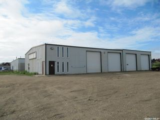 Photo 1: 10035 Thatcher Avenue in North Battleford: Parsons Industrial Park Commercial for sale : MLS®# SK863051