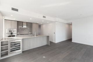 """Photo 12: #602 4932 CAMBIE Street in Vancouver: Cambie Condo for sale in """"Primrose"""" (Vancouver West)  : MLS®# R2625726"""