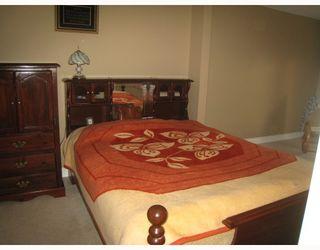 Photo 9: 1054 DELESTRE Avenue in Coquitlam: Maillardville 1/2 Duplex for sale : MLS®# V750137