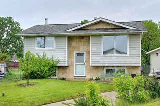 Photo 1: 39 Fonda Green SE in Calgary: Forest Heights Detached for sale : MLS®# A1118511