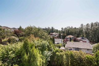 Photo 18: 3725 LETHBRIDGE Drive in Abbotsford: Abbotsford East House for sale : MLS®# R2439515