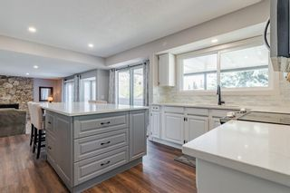 Photo 13: 884 Coach Side Crescent SW in Calgary: Coach Hill Detached for sale : MLS®# A1105957