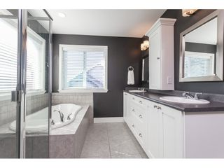 """Photo 23: 7089 179 Street in Surrey: Cloverdale BC House for sale in """"Provinceton"""" (Cloverdale)  : MLS®# R2492815"""