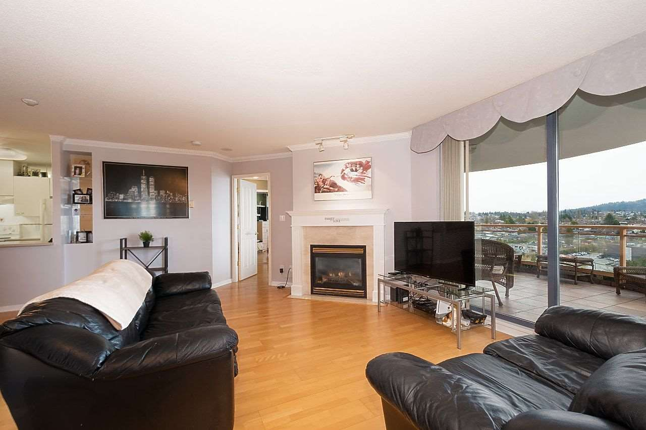 """Main Photo: 1303 4425 HALIFAX Street in Burnaby: Brentwood Park Condo for sale in """"POLARIS"""" (Burnaby North)  : MLS®# R2444632"""