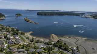 Photo 2: 1431 Sherwood Dr in Nanaimo: Na Departure Bay Other for sale : MLS®# 883758