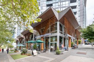 """Photo 34: 302 1189 MELVILLE Street in Vancouver: Coal Harbour Condo for sale in """"THE MELVILLE"""" (Vancouver West)  : MLS®# R2611872"""