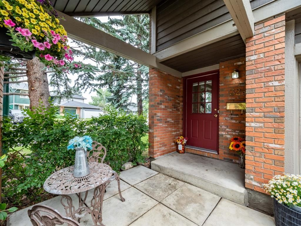 Photo 3: Photos: 32 99 Midpark Gardens SE in Calgary: Midnapore Row/Townhouse for sale : MLS®# A1092782