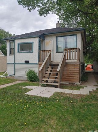 Photo 1: 1424 2nd Avenue North in Saskatoon: Kelsey/Woodlawn Residential for sale : MLS®# SK858762