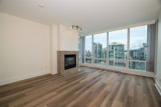 """Photo 6: 2005 590 NICOLA Street in Vancouver: Coal Harbour Condo for sale in """"The Cascina - Waterfront Place"""" (Vancouver West)  : MLS®# R2556360"""