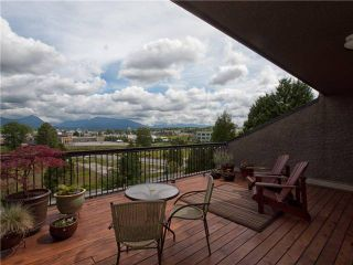 Photo 1: 720 774 GREAT NORTHERN Way in Vancouver: Mount Pleasant VE Condo for sale (Vancouver East)  : MLS®# V952390