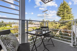 """Photo 6: W305 677 W 41ST Avenue in Vancouver: Oakridge VW Condo for sale in """"41 West"""" (Vancouver West)  : MLS®# R2605718"""