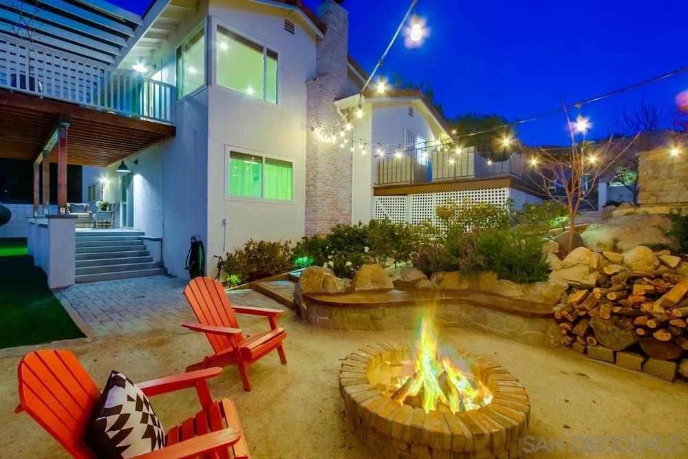 Main Photo: LA MESA House for sale : 4 bedrooms : 9187 Grossmont Blvd