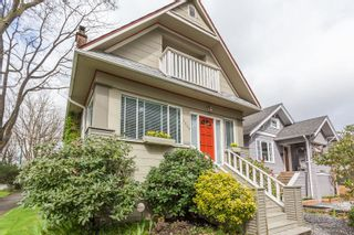 Photo 3: 3849 CLARK Drive in Vancouver: Knight House for sale (Vancouver East)  : MLS®# R2158499